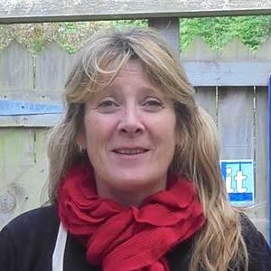 Mrs Karen Lewin